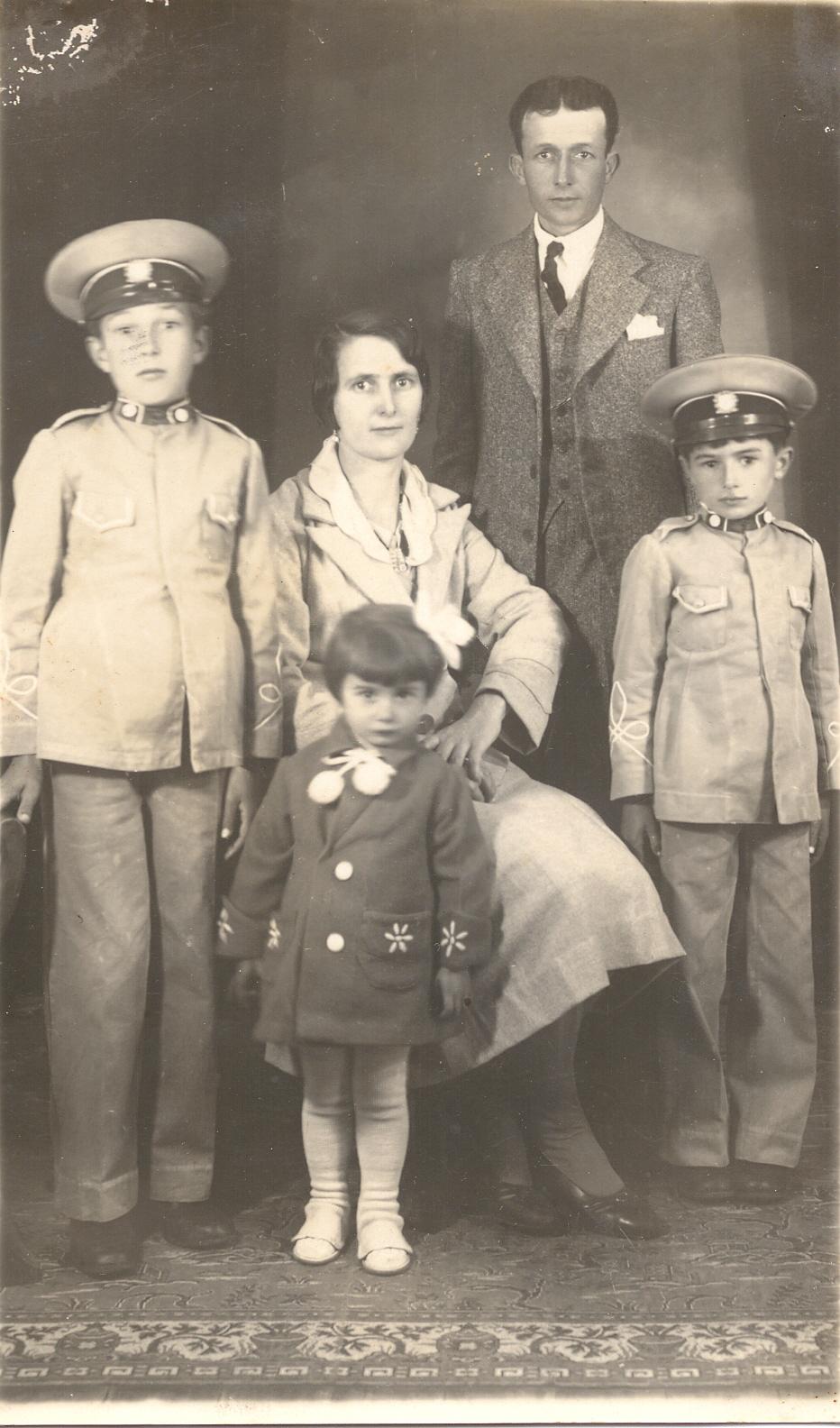 A família Nilles Vargas Lopes: Wilma, João Justo e os filhos Rubem e Edy, e a filha Ivone