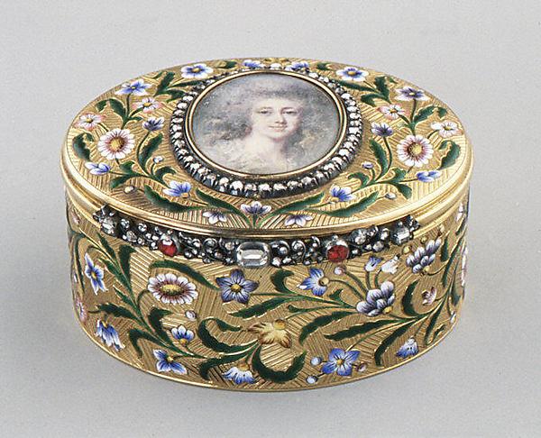 Caixa de rapé de ouro, esmalte e diamantes com retrato de uma dama,